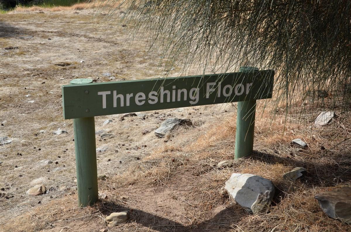 Old threshing floor ironstone hill hike sa exploroz places for Threshing floor