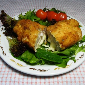 Camp Oven Chicken Cordon Bleu