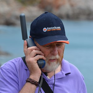 Handheld Satellite Phone Solutions for Travellers