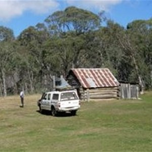 Davies Plains Hut