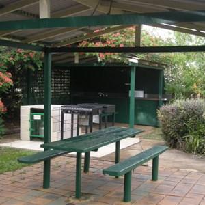 Oakwood Caravan Park