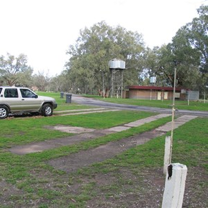 Wilcannia caravan park - quiet and pleasant!