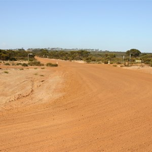 Fourteen Mile Rd & Mallee Hill Rd