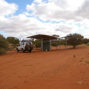 Anne Beadell Hwy (No. 4 Campsite)