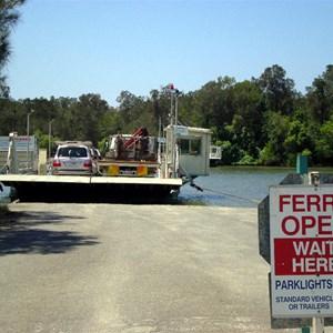 Tewantin Vehicular Ferry
