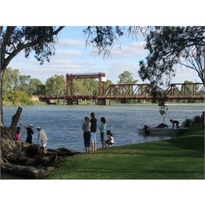 Paringa Historic Spanning Bridge