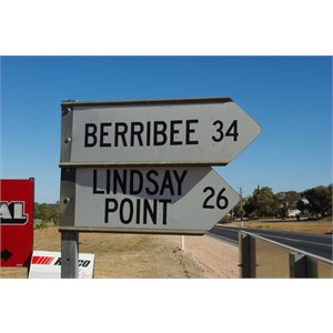 Berribee and Lindsay Point Turn Off