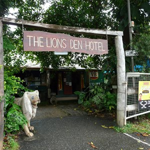 The Lions Den Pub