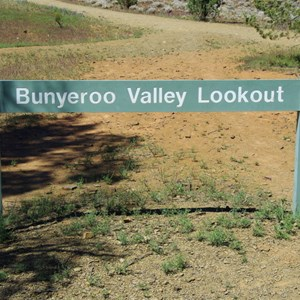 Bunyeroo Valley Lookout