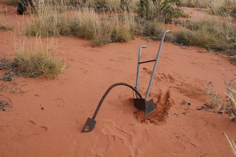 Great Sandy Desert - A day of stakes, dunes and hard going