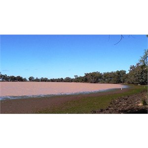 Lake Houdraman near Quilpie