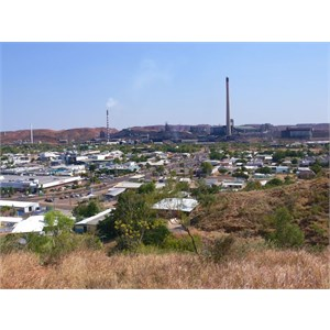 Mt Isa from the lookout.
