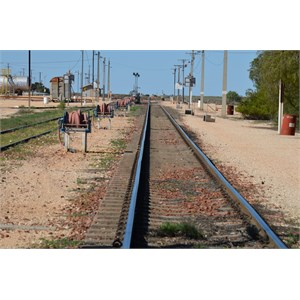 This Railway line links the East Coast to the West Coast - Cook
