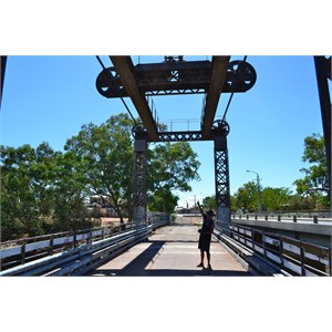 Centre Lift Bridge over Darling River, Wilcannia