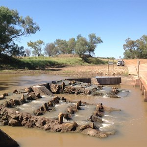 Floodway/weir at Oma Waterhole