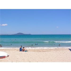 Main beach at Hat Head