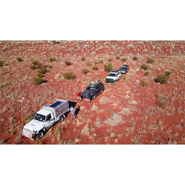 Near Geobase A, spinifex check time and changing lead vehicle
