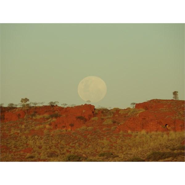 Moon rise over the Pilbara