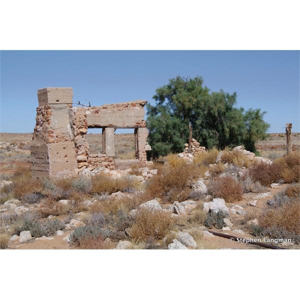 Birdsville Track ruins