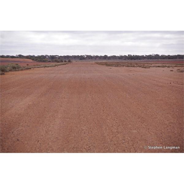 The dry Emu runway
