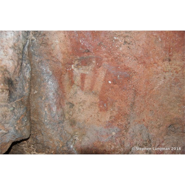 Cave art site in the Great Victoria Desert