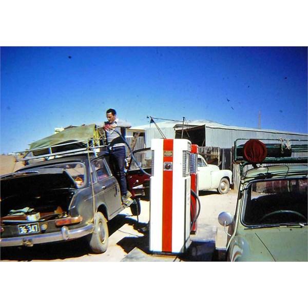 Bulls Garage, Coober Pedy in 1967