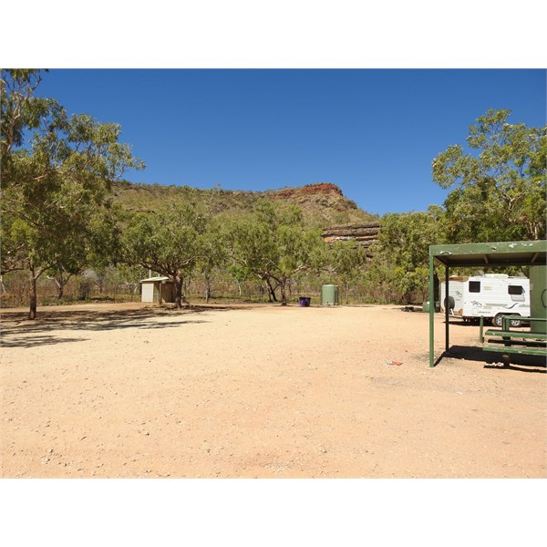 Saddle Creek camping area, Victoria Highway NT