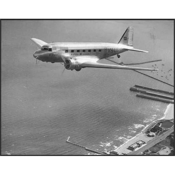 Douglas DC-2 VH-USY Bungana in 1936