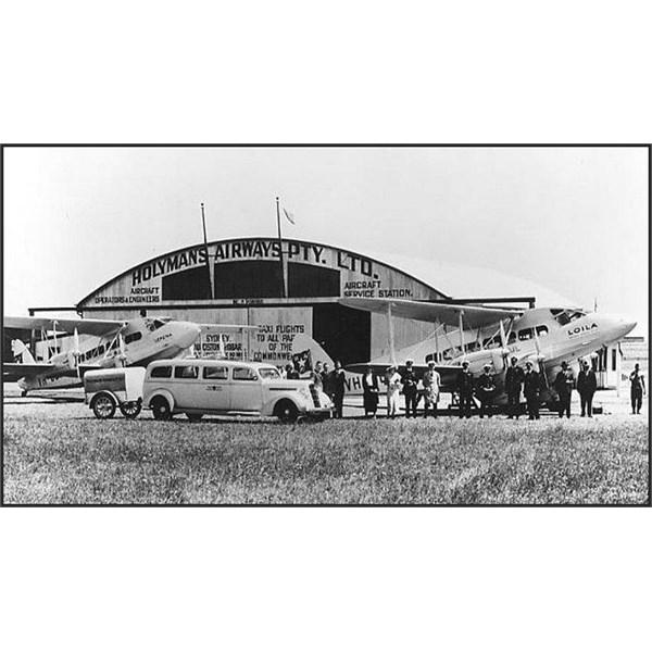the Holymans hangar at Melbourne-Essendon,
