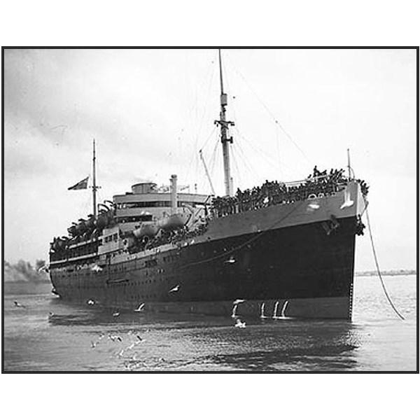 HMT Dunera, Melbourne, 1940