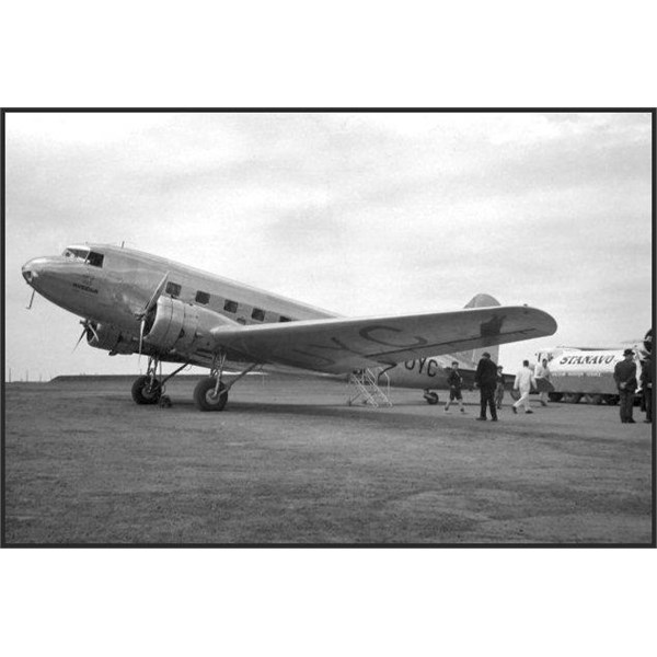 This is the ill fated VH-UYC which crashed into Mt. Dandenong on October 25, 1938