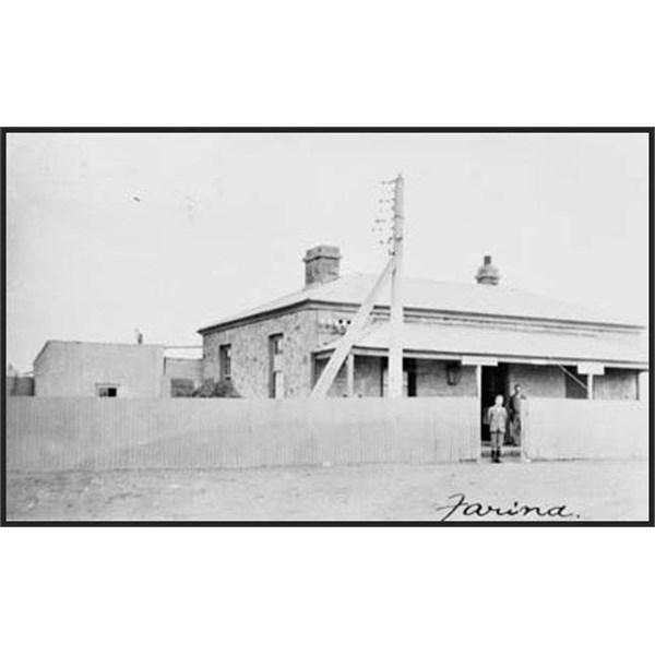 Farina Post Office