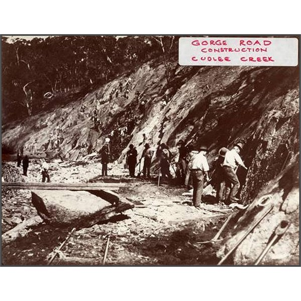 men at work constructing the Gorge Road at Cudlee Creek