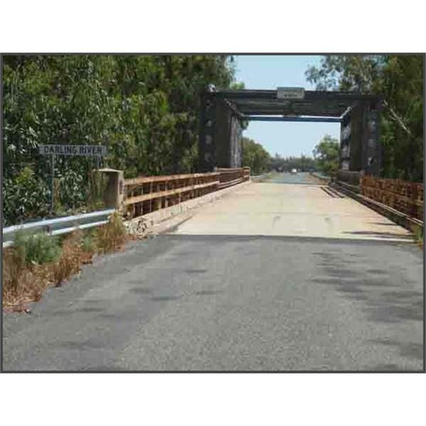 Darling river crossing near Pooncarie