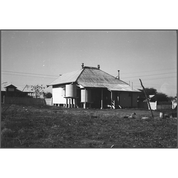 Isisford Post Office and residence 1940