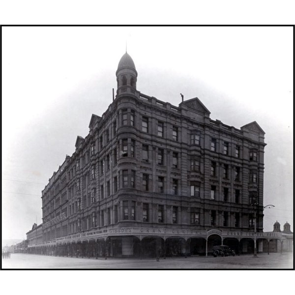 The Grand Central Hotel, south-east corner of Rundle and Pultney Streets, 1913