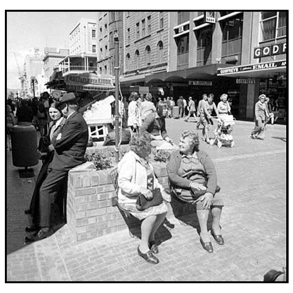 Pedestrian mall in Rundle Street, Adelaide 1976