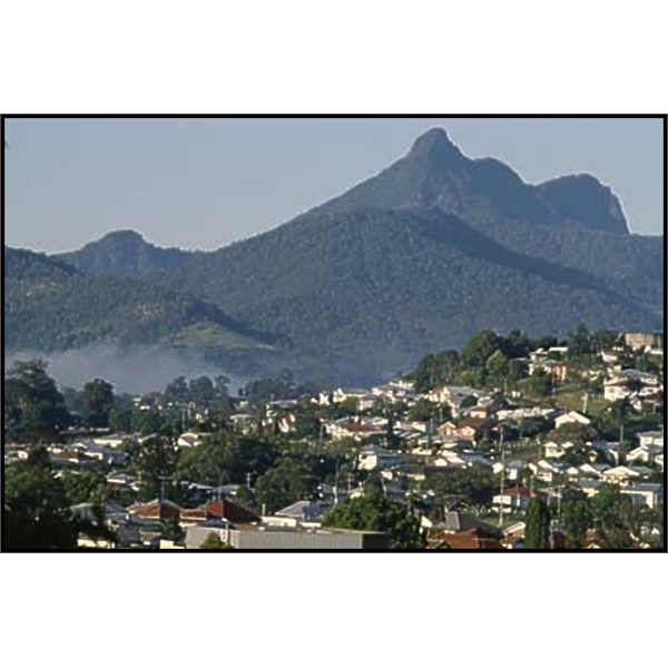 Murwillumbah with Mount Warning in the background