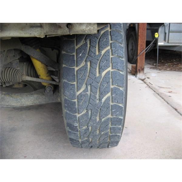 LH tyre