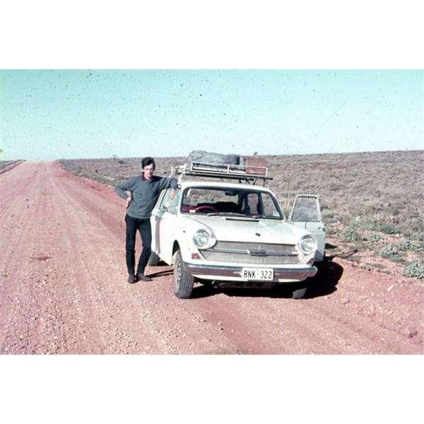 Oodnadatta Track 1969, Austin 1800, Near Maree