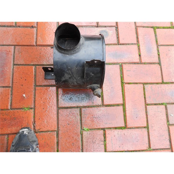 Patrol Airbox with water drain
