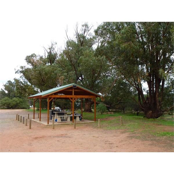Fig Tree Crossing Shelter