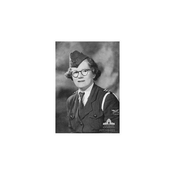 Florence Violet McKenzie in 1940