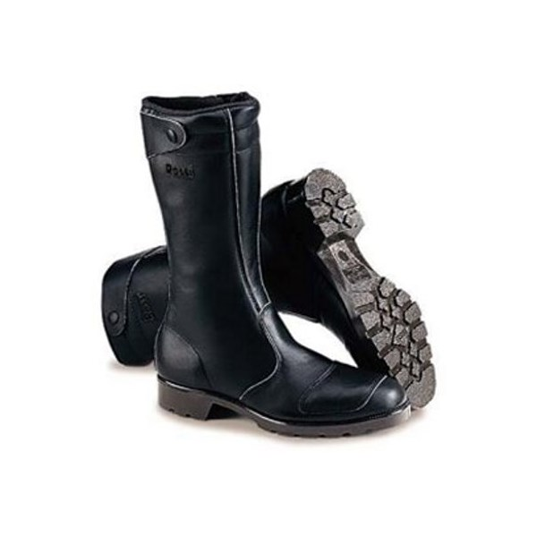 classic and traditional motorcycle boot