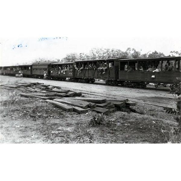 Train Transport up to Darwin 1943