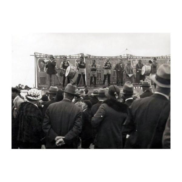 Jimmy Sharmans boxing tent, outside display at Ballarat, Victoria, 1934