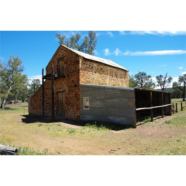 Old Wilpena Station Walk is great