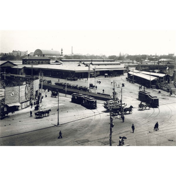 Second Sydney Railway Station on corner of Devonshire and George Streets, c.1900