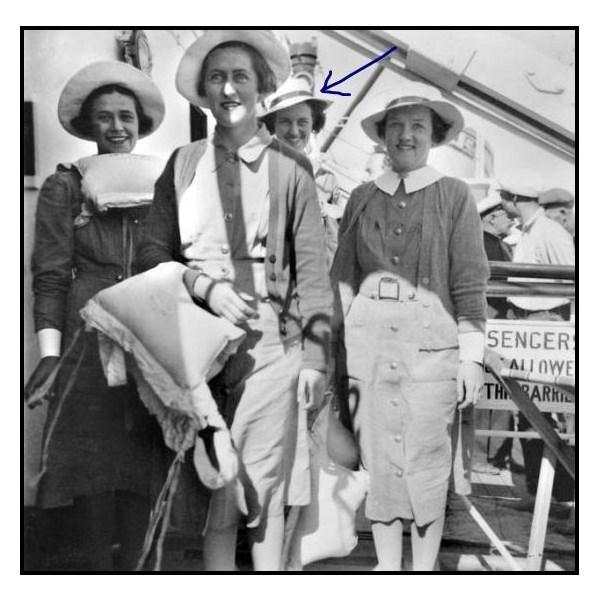 Margaret Augusta De Mestre 3rd from left