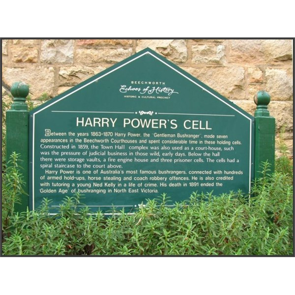 Harry Powers cell sign